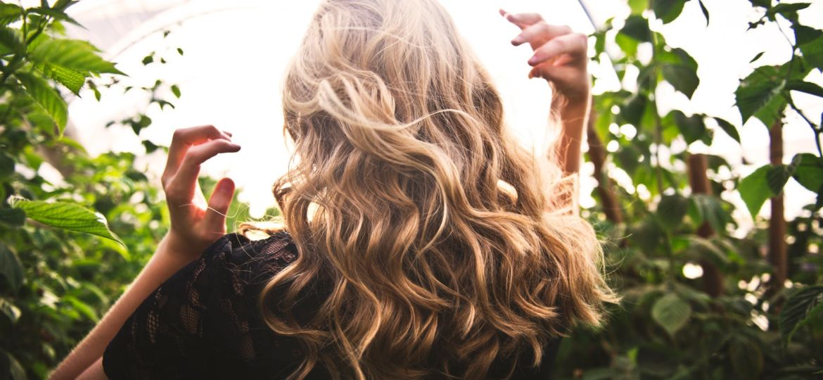 how to easily maintain blonde hair